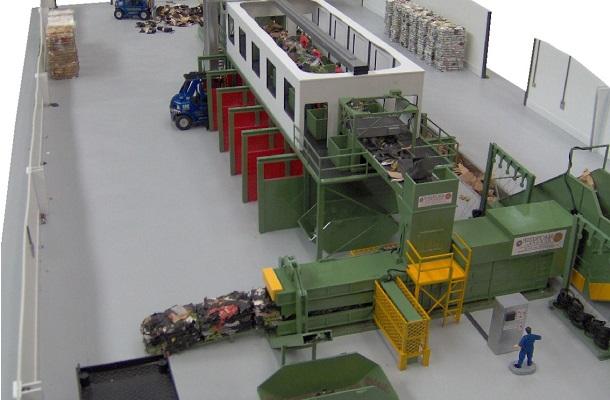 modello plastico impianto trattamento industriale riciclaggio